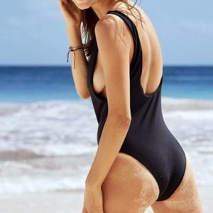 Aerie American Eagle One Piece Low Back Swimsuit
